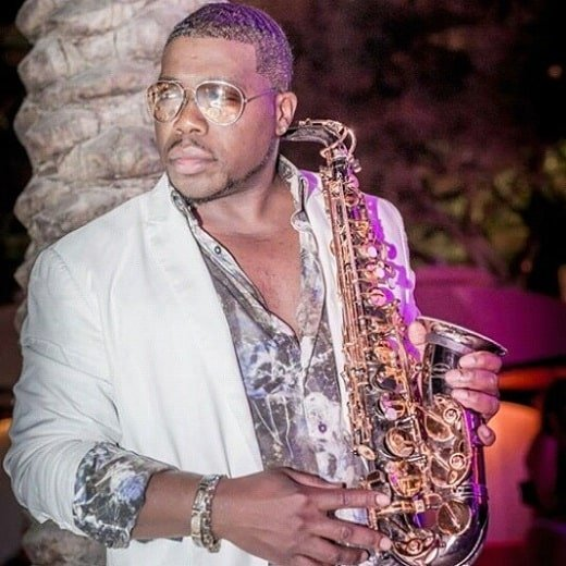 <strong>Saxophonists</strong> for Cinco De Mayo